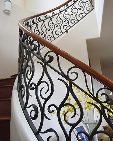 Custom wrought iron bedframe by Kipu Forge